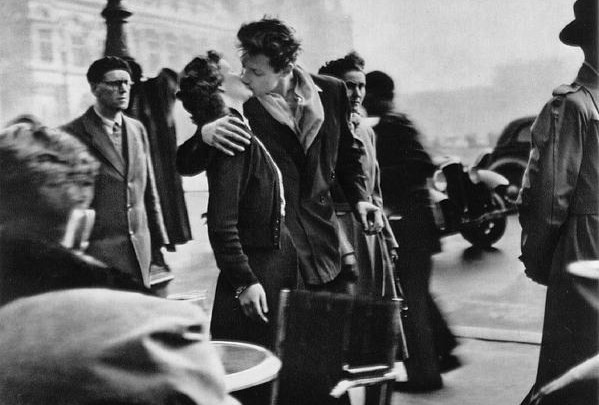 Paris kiss Robert Doineau