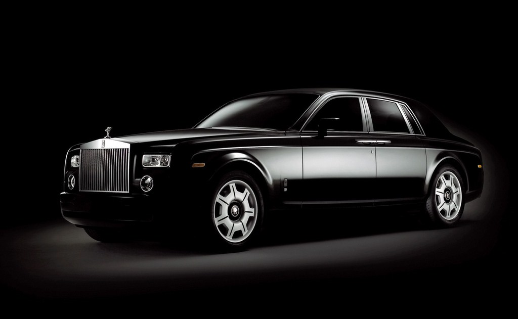 2006-Rolls-Royce-Phantom-Black-SA-1024x768