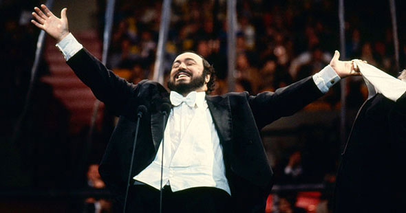 590_pavarotti7_intro